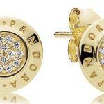 Pandora rivisita la collezione Signature e i gioielli diventano senza tempo