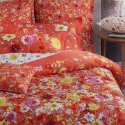 Mirabello Carrara proposte in linea con il colore dell anno Living Coral
