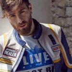 Blauer Usa abbigliamento veste il cantante Lorenzo Licitra