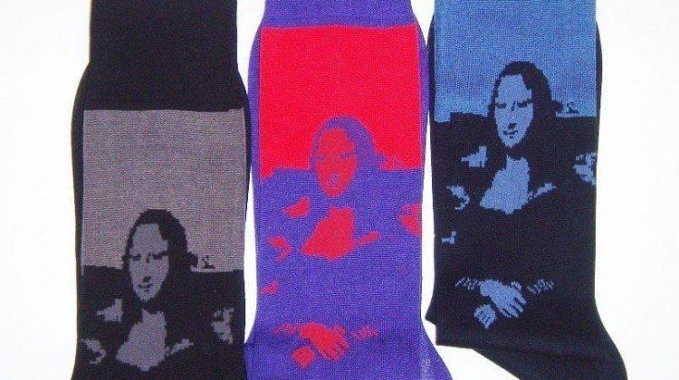 CALZIFICIO BRESCIANI SS 2020 - In omaggio al 500 anniversario della morte di Leonardo Bresciani riedita le calze a lavorazione jacquard con l'immagine della Gioconda