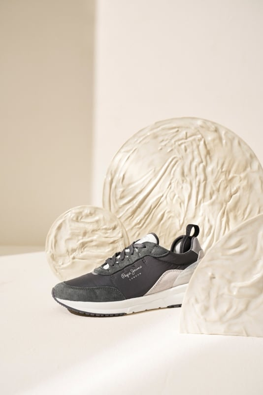 Le sculture di Laura Maldonado per le nuove sneaker Pepe Jeans PE 2020