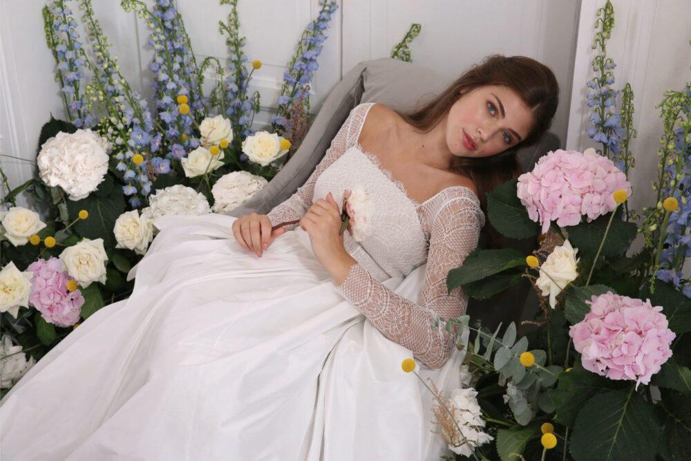 Nuovi_Abiti_da_ sposa_MORE_nuova_collezione_ 2021_Secret_Garden