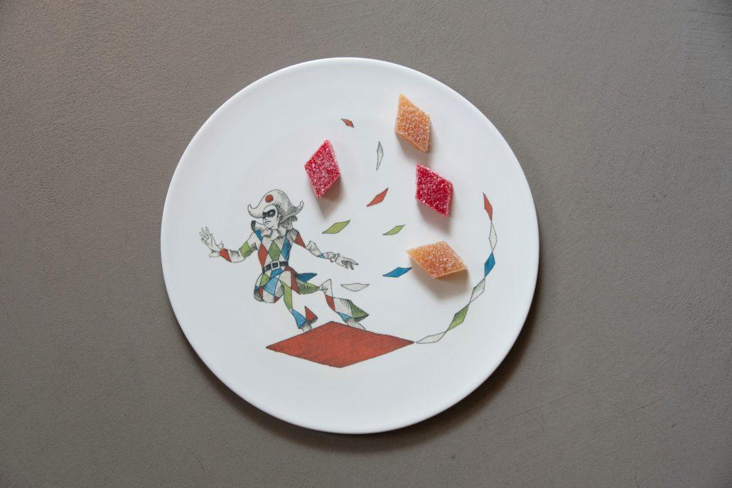 knIndustrie_-piatto-dessert-Pantalone_Vanni-Cuochi-per-D.-Oldani_Ph.-M-Crespi_