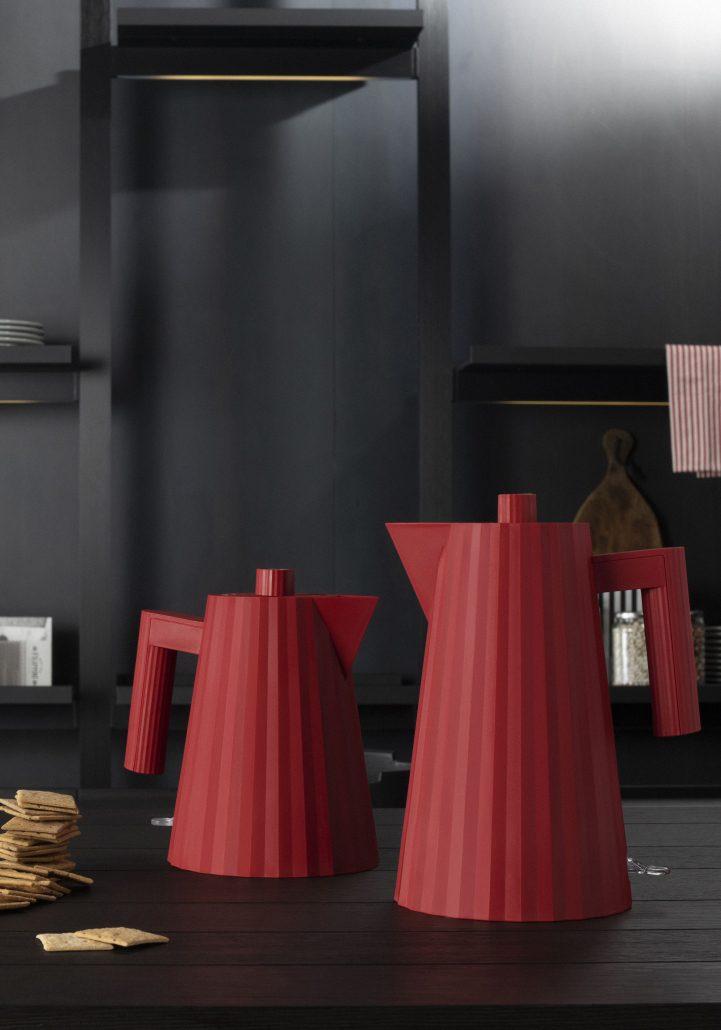 ALESSI_ PLISSE'_ ELECTRIC KETTLES_design MICHELE DE LUCCHI_ RED