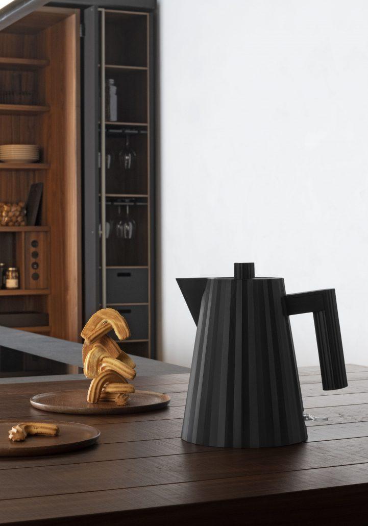 ALESSI_ PLISSE'_ ELECTRIC KETTLE_design MICHELE DE LUCCHI