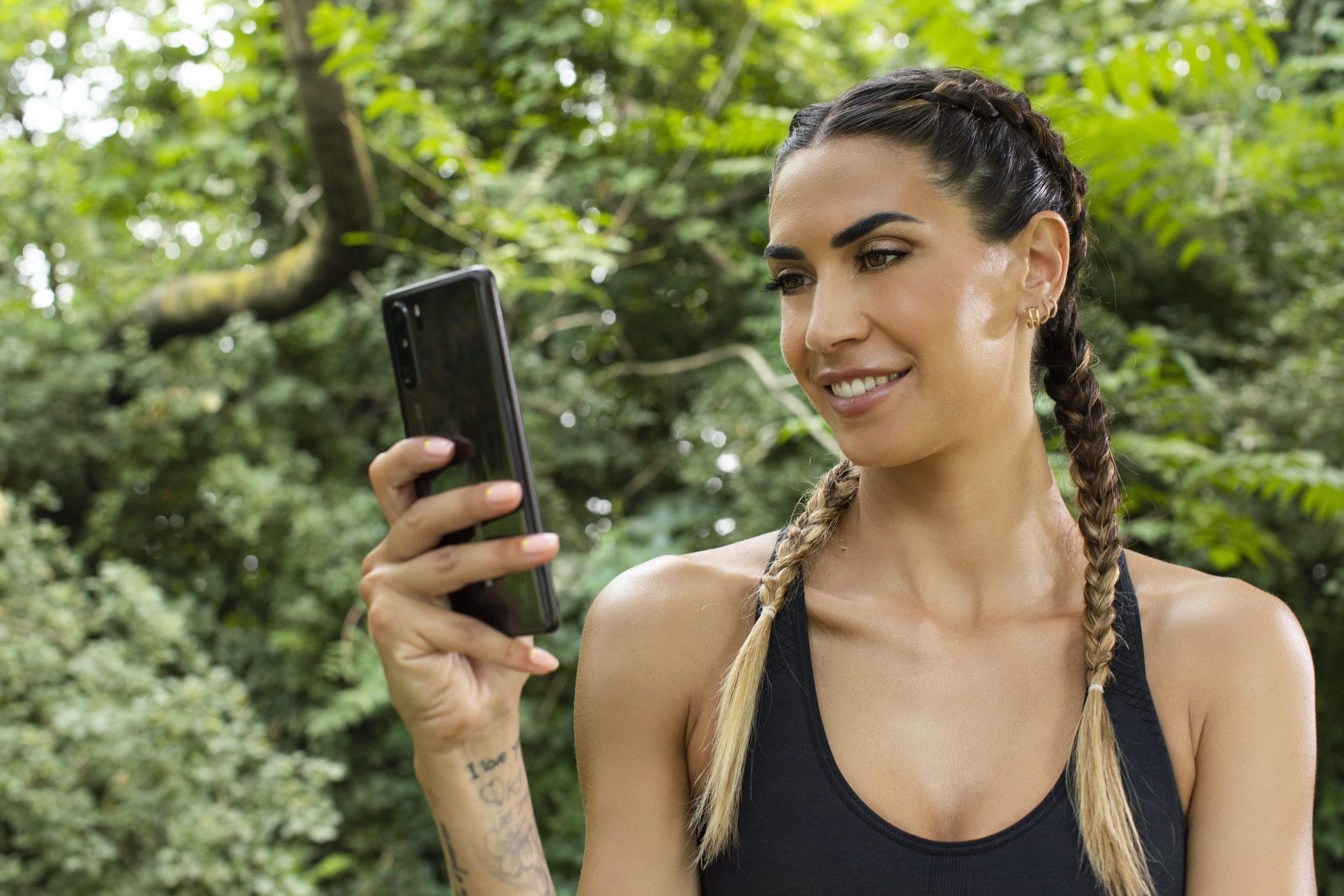 Melissa Satta è il volto di Start 2 Run, l'app personal coach per il running