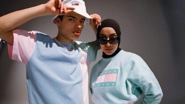 """Nuova collezione abbigliamento uomo donna colori pastello Tommy Hilfiger presenta """"Pastel TOMMY JEANS Spring 2021"""""""