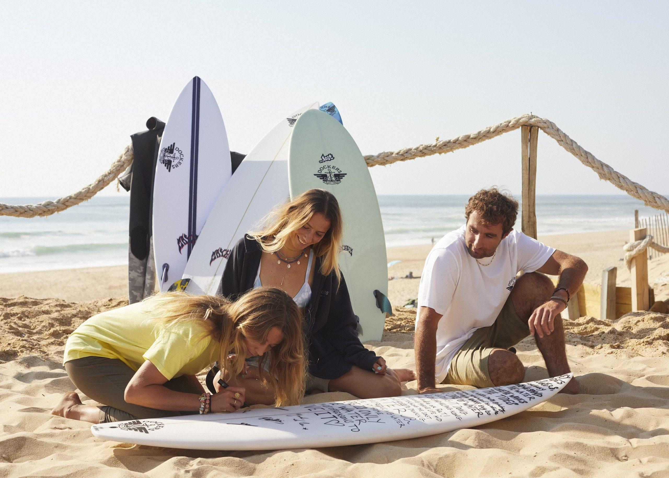 """Surfisti ed attivisti: ecco chi sono gli ambassador di Dockers® nella nuova campagna """"Love Water More"""""""