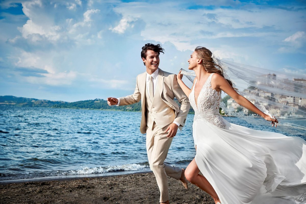 abiti da sposa e sposo Carlo-Pignatelli-X-Pronovias-_-collezione-2022